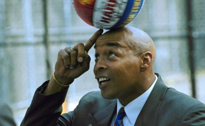 #VOA: Harlem Globetrotters Great Curly Neal Dies at 77. #VOANews
