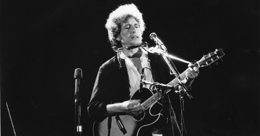 #VOA: Dylan's 'Times They Are A-Changin' Lyrics for Sale for $2.2 Million. #VOANews