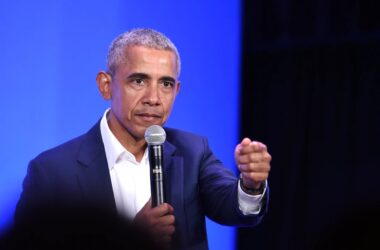 #VOA: Audiobook Compiles '60 Minutes' Interviews with Barack Obama. #VOANews