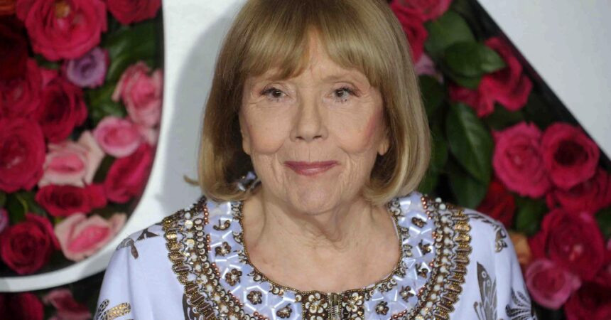 #VOA: 'Avengers' and 'Game of Thrones' Star Diana Rigg Dies at 82. #VOANews