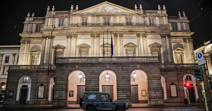 #VOA: With Performers Infected, La Scala Season Premiere Canceled. #VOANews