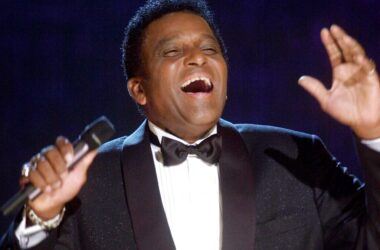 #VOA: Charley Pride, Country Music's First Black Star, Dies at 86. #VOANews