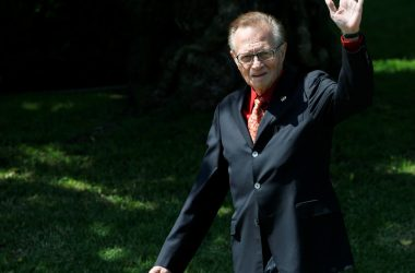 #VOA: US Television Host Larry King Dies Aged 87: CNN. #VOANews