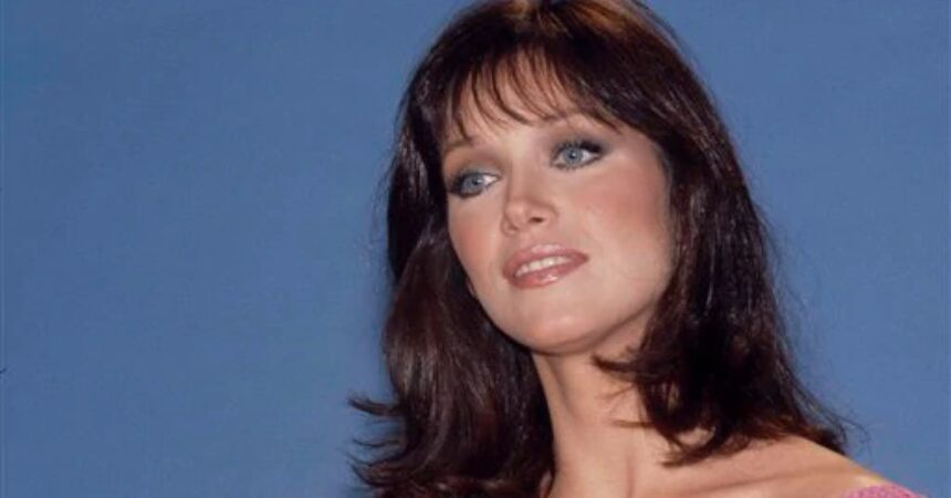 #VOA: Tanya Roberts, Bond Girl and 'Sheena' Star, Dead at 65. #VOANews